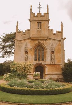 14 Best Places In The Cotswolds You Should Visit The Places Youll Go, Places To See, Cotswold Villages, Famous Places, Chapelle, English Countryside, What A Wonderful World, Adventure Is Out There, Wonders Of The World
