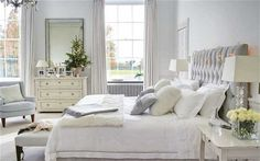 LOVE LOVE LOVE this room!!! This will definitely be my future master bedroom one day.
