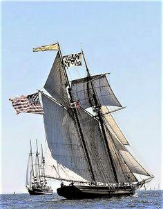 """Topsail schooner """"Pride of Baltimore II"""""""