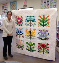 Where has this been my whole life? How have I lived without it? Quilting Projects, Quilting Designs, Applique Quilt Patterns, Flower Quilts, Cute Quilts, Sampler Quilts, Tree Quilt, Hand Quilting, Quilt Blocks