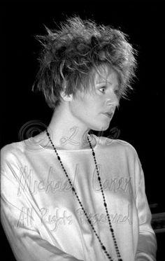 Elizabeth Fraser. Cocteau Twins Cocteau Twins, Goth Music, Punk Goth, Alternative Music, Music Icon, Lonely Planet, Music Artists, Eye Candy, Popular