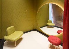 miumiu みゆき通 4 余裕のあるフィッティングルーム