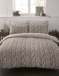 Cable Knit Duvet Cover Set Double :: could it get any better than sleeping in a giant sweater?