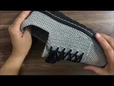 ÖRGÜ ERKEK SPOR AYAKKABISI YAPILIŞI 1.BÖLÜM (TEK RENK) - YouTube Crochet Shoes Pattern, Shoe Pattern, Crochet Sandals, Crochet Slippers, Lace Patterns, Crochet Patterns, Diy Crafts How To Make, Shoe Crafts, Crochet Videos
