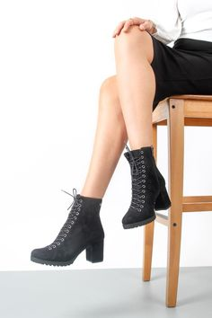 Online Shopping, Booty, Ankle, Shoes, Fashion, Moda, Swag, Zapatos, Net Shopping