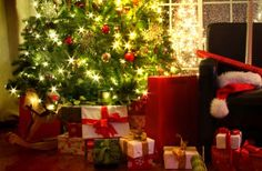 Brad de Craciun Tree Skirts, Gift Wrapping, Christmas Tree, Holiday Decor, Gifts, Romania, Home Decor, Gift Wrapping Paper, Teal Christmas Tree