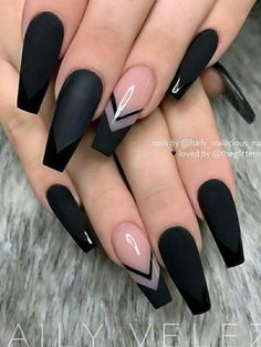 The Most Beautiful Black Winter Nails Ideas - Here are some cute winter nail designs between black and silver glitter nails, black and gold glitter nails, and black marble nails designs. Acrylic Nail Designs Coffin, Blue Acrylic Nails, Black Coffin Nails, Square Acrylic Nails, Summer Acrylic Nails, Black Nail Designs, Winter Nail Designs, Summer Nails, Winter Nails