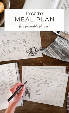 Grab my tips for menu planning for the week and download my free printable menu planner and grocery shopping list! #mealplanning #mealplanningguide #menuplan Menu Planning Template, Menu Planner Printable, Healthy Cook Books, Shopping List Grocery, Best Cookbooks, Menu Planners, Easy Cooking, Cooking Tips, Plant Based Recipes