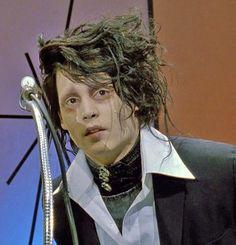 Johnny Depp / Edward Scissorhands.