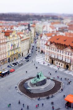#PinUpLive - Looking Down on Old Town Square, Prague >>> Great photo!