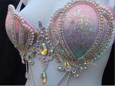 Pastel ombre mermaid bra on sale Mermaid Bra, Mermaid Crown, Mermaid Halloween Costumes, Girl Costumes, Seashell Bikinis, Bling Bra, Mermaid Cosplay, Mermaid Parade, Stocking Pattern