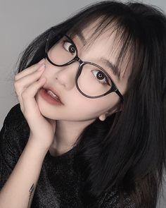 Cute Korean Girl, Grunge Girl, Asian Boys, Ulzzang Girl, Asian Beauty, Boy Or Girl, Hot Girls, Photo Galleries, Idol