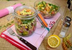PRAJITURA BOUNTY - Rețete Fel de Fel Fusilli, Pickles, Cucumber, Food, Home, Essen, Meals, Pickle, Yemek