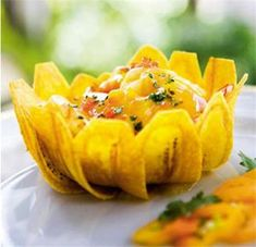 Peruvian Cuisine, Peruvian Recipes, Bolivian Food, Carribean Food, Latin American Food, Ceviche, Food Garnishes, Weird Food, Appetizers For Party