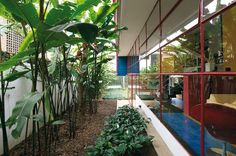 Two houses by João Vilanova Artigas . The two houses belong to the second phase of the work of João Vilanova Artigas Le Corbusier Arquitectura, Steel Windows, Boutique Homes, Exterior, Tropical Houses, Brutalist, Luxury Travel, Midcentury Modern, Landscape Architecture
