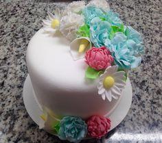 #Bolo #Cake #Flores #Flowers #Fondant