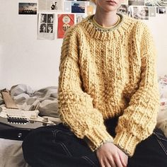 Hand knitted One size natural Peruvian highland wool - a renewable and biodegradeable fibre, sourced responsibly from family-run farms. Simple Outfits, Pretty Outfits, Cute Outfits, Crochet Clothes, Diy Clothes, Chunky Knitwear, Easy Knitting Projects, Diy Embroidery, Cozy Sweaters