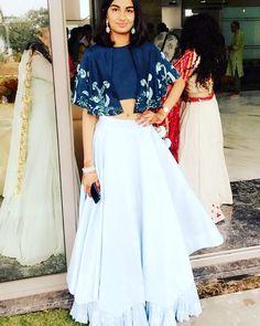 Order contact my WhatsApp number 7874133176 Indian Bridal Outfits, Indian Designer Outfits, Indian Dresses, Designer Dresses, Indian Clothes, Indo Western Dress For Girls, Western Dresses For Girl, Western Gown, Wedding Lehenga Designs