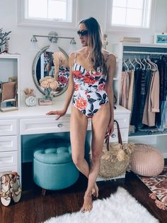 Flattering and Affordable One-Piece Swimsuit that is Mom-Friendly #swimwear #summer #summerfashion