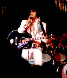 ELVIS LIVE IN 1974
