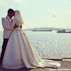 hijab wedding , wedding dress hijab muslimah muslimka white sea lover