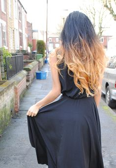 The blond colour of the dip dye