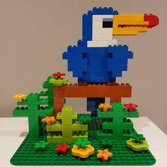 Lego duplo toucan