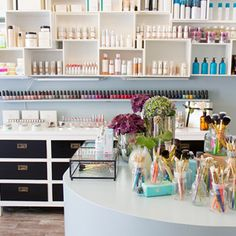 JACKS beauty department Kastanienallee 19 | 10435 Berlin #beauty #store #berlin