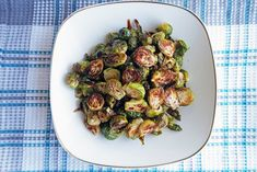 Think you don't like Brussels sprouts? Try roasting them. It brings out the nutty sweetness of the Brussels sprouts. They are perfectly complemented by the tangy and sweet balsamic-maple glaze, which makes this dish oh so delicious! Sprout Recipes, Plant Based Recipes, Vegetable Recipes, Vegetarian Recipes, Cooking Recipes, Delicious Recipes, Keto Recipes, Tasty, Yummy Food