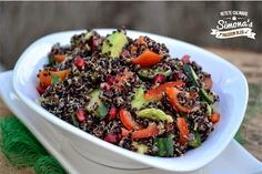 Salata de quinoa http://www.simonapatras.com/2015/02/salata-de-quinoa.html