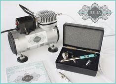 @JuliaMUsher has a great airbrush (for cookie/cake decorating) giveaway! Enter before March 30 to win!