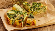 Spanakopita, Vegetable Pizza, Brunch, Food And Drink, Keto, Yummy Food, Baking, Breakfast, Ethnic Recipes