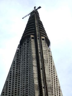 PYONGYANG | Ryugyong Hotel | 330m | 1083ft | 105 fl | T/O - Page 10 - SkyscraperCity