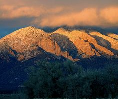 Information about Taos New Mexico, Taos Ski Valley, Taos NM, Taos Pueblo and the surrounding area located in the Rio Grande Valley.