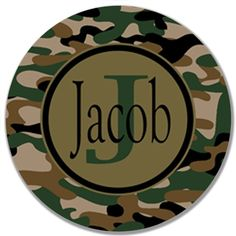 "This design is offered on a 10"" melamine plate  The camo design is perfect for birthday parties and everyday tableware!"