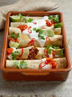Hairy Bikers' Diet Club photo of recipe for enchiladas Healthy Meals For Kids, Healthy Chicken Recipes, Easy Healthy Recipes, Mexican Food Recipes, Healthy Eating, Ethnic Recipes, Dinner Healthy, Enchiladas, Low Calorie Recipes