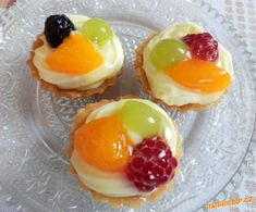 Recipe Ovocné košíčky by lussy, learn to make this recipe easily in your kitchen machine and discover other Thermomix recipes in Dezerty a sladkosti. Czech Recipes, Russian Recipes, No Bake Pies, No Bake Cake, Czech Desserts, Bread Dough Recipe, Mini Tart, Tea Sandwiches, Brownie Recipes