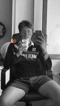 Selfie, Mirror, Random, Lgbt Love, Mirrors, Casual, Selfies