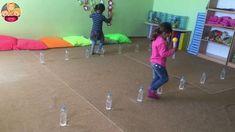 Balance with Toilet Paper Roll Game Kindergarten Drawing, Kindergarten Games, Classroom Games, Activity Games, Toddler Activities, Preschool Activities, Pe Games, Motor Skills Activities, Physical Activities