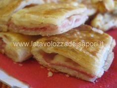 Sfogliata al Prosciutto Cotto con Formaggio     http://www.latavolozzadeisapori.it/ricette/sfogliata-al-prosciutto-cotto-con-formaggio