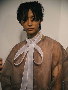 korean gender-fluid brand blindness take london menswear - i-D - Streetwear Fashion Trends, Outfit Ideas, Men and Women Models Queer Fashion, Androgynous Fashion, Boy Fashion, Fashion Outfits, Mens Fashion, Fashion Design, Androgynous Girls, Fashion Styles, Men's Outfits
