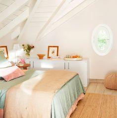 Mudando de um apartamento para uma casa: http://www.casadevalentina.com.br/blog/trabalhando-em-casa/ --------------------------------  Moving from an apartment to a house: http://www.casadevalentina.com.br/blog/trabalhando-em-casa/