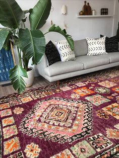 Vintage Boujad rug handwoven in the Atlas Mountains