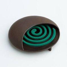 Resultado de imagen para ceramic mosquito coil holder Mosquitos, Pottery, Spiritual, Design, Spirals, Cement, Xmas, Ceramica, Pottery Marks
