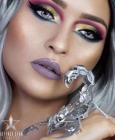 Jeffree star beauty killer palette + scorpio lips purple grey colorful