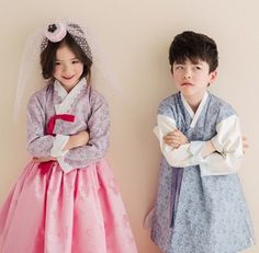 Korean Clothes A Booming Market Korean Traditional Dress, Traditional Fashion, Traditional Dresses, Korean Dress, Korean Outfits, Korean Clothes, Girl Fashion Style, Kids Fashion, Korean Princess