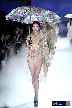 bntnews, Korea, 2013 S/S Seoul collection, Lee Sang bong Fashion show,photographer Kim Gang yoo, 2012.10.24