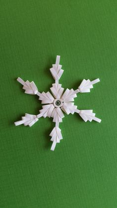 https://www.etsy.com/listing/213875831/set-of-3-combed-quilled-snowflakes?ref=listing-shop-header-0