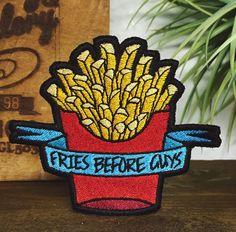 patch brodé de malbouffe « Frites avant gars »