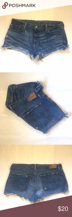 Ralph Lauren Cut-Off Jean Shorts Short jean shorts by Ralph Lauren. Size 32 - worn once Denim & Supply Ralph Lauren Shorts Jean Shorts